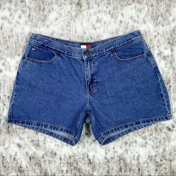 Vintage 2001 Tommy Jeans Denim Medium Rise Shorts